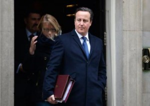 Cameron leaves Downing street