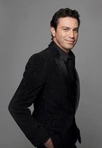 Mario Frangoulis sings Christmas songs for charity cause...